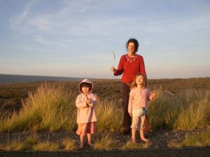 Helena with children